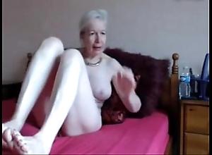 Amateur. superb powered granny masturbates