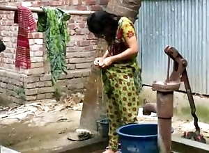 Desi comprehensive wash up outdoor for running flick http://zipvale.com/ffnn