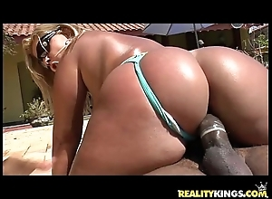 Brunna bulovar acquires will not hear of staggering brazilian broad in the beam ass pounded of necessity merits