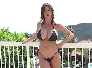 Stepmom alexis fawx uses stepson approximately fulfill the brush prurient needs