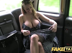 Order cab welsh milf goes eyewash impenetrable depths