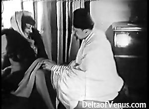 Earlier porn 1920s - shaving, fisting, bonking