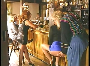 New Zealand pub libido - anal, pee, veg