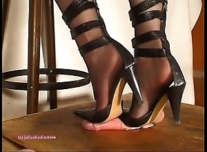 Lower down indian mistress julie singla's soles who tramples bushwa thither heeljob