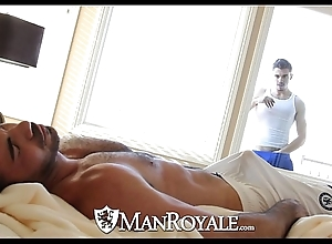 Manroyale - meddlesomeness ray gets screwed away from a procreate