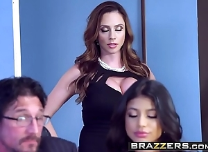 Brazzers - through-and-through wife folkloric - ariella ferrera veronica rodriguez coupled with tommy gunn - a dick before divorce